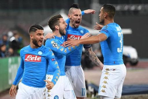 Napoli's Dries Mertens (2L) jubilates with his teammates after scoring the goal during the UEFA Champions League round of 16 second leg soccer match SSC Napoli vs Real Madrid CF at San Paolo stadium in Naples, Italy, 07 March 2017. ANSA/CIRO FUSCO