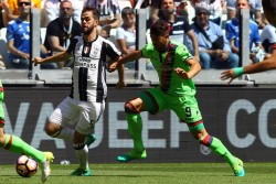 Foto LaPresse - Francesca Soli21/05/2017 Torino ( Italia)Sport CalcioJuventus - CrotoneCampionato di Calcio Serie A TIM 2016 2017 - Juventus StadiumNella foto: Nalini e PjanicPhoto LaPresse - Francesca Soli21st May 2017 Torino (Italy)Sport SoccerJuventus - CrotoneItalian Football Championship League A TIM 2016 2017 - Juventus Stadium In the pic: Nalini e Pjanic