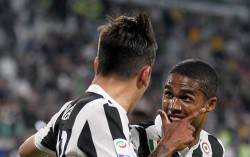 "Foto LaPresse - Tano Pecoraro 05 05 2018 Torino - (Italia) Sport Calcio Juventus vs Bologna Campionato di Calcio Serie A TIM 2017/2018 - Stadio ""Allianz Stadium"" nella foto: dybala paulo esulta dopo il gol del 3-1 Photo LaPresse - Tano Pecoraro 05 May 2018 City Torino - (Italy) Sport Soccer Juventus vs Bologna Italian Football Championship League A TIM 2017/2018 - ""Allianz"" Stadium in the pic: dybala paulo esulta dopo il gol del 3-1 Foto LaPresse - Tano Pecoraro 05 05 2018 Torino - (Italia) Sport Calcio Juventus vs Bologna Campionato di Calcio Serie A TIM 2017/2018 - Stadio ""Allianz Stadium"" nella foto: dybala paulo esulta dopo il gol del 3-1 Photo LaPresse - Tano Pecoraro 05 May 2018 City Torino - (Italy) Sport Soccer Juventus vs Bologna Italian Football Championship League A TIM 2017/2018 - ""Allianz"" Stadium in the pic: dybala paulo esulta dopo il gol del 3-1"