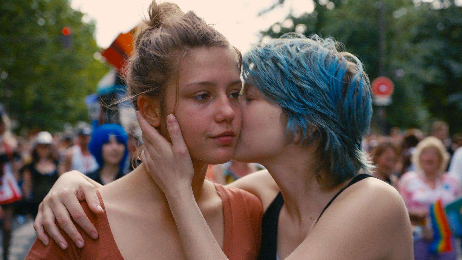 lesbiche sesso sintesi