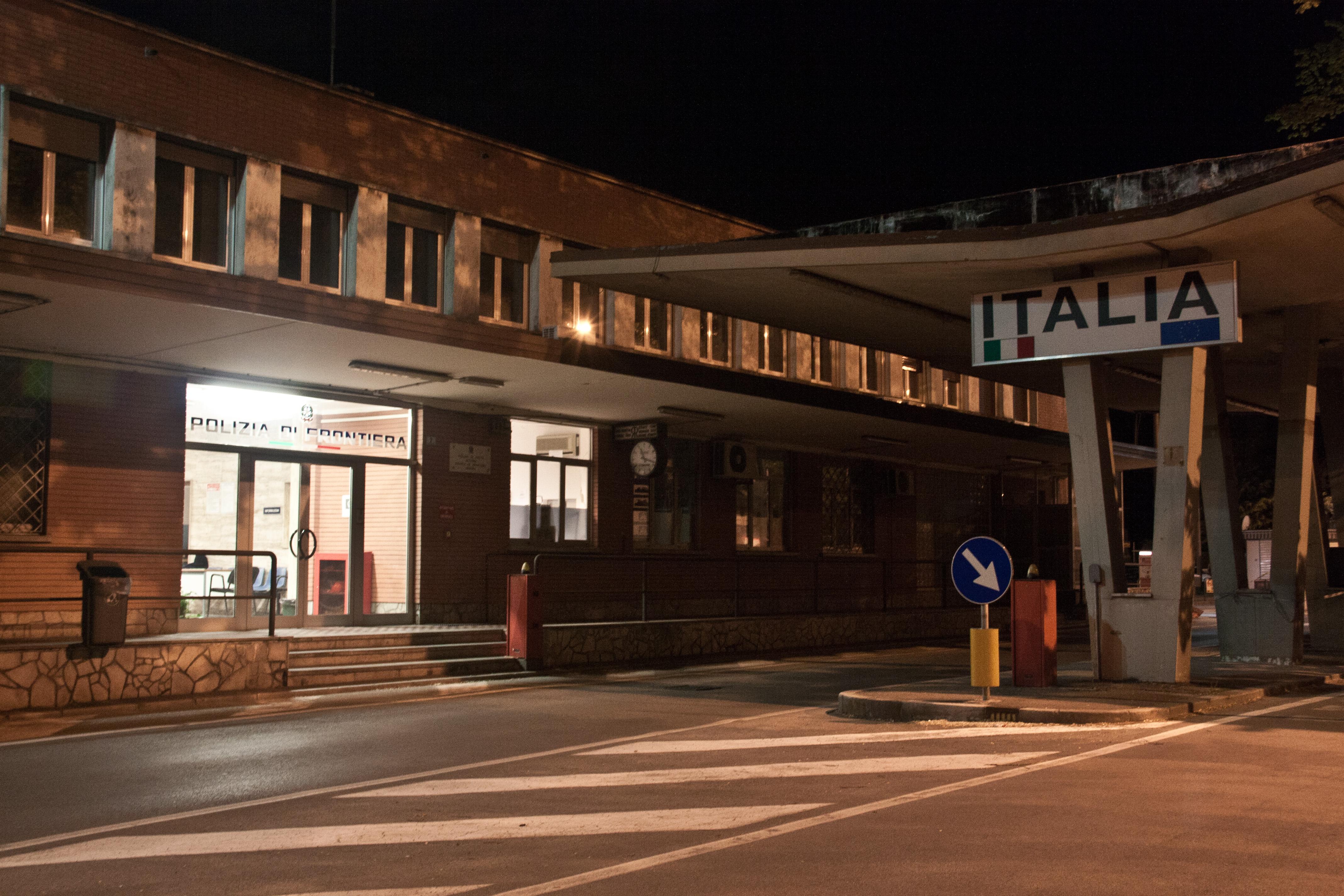 Ufficio Per Le Zone Di Confine : Gorizia nova gorica e il confine che non c è più corriere