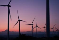 windmills-984137_1280-632x421