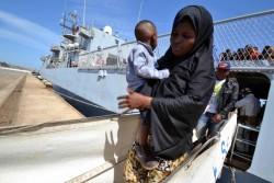 migranti-barconi-bambini-632x421