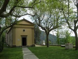 La chiesa di Sant'Anna con la piazza, come appare attualmente. ANSA/UFFICIO STAMPA MUSEO DI STAZZEMA +++ NO SALES +++ EDITORIAL USE ONLY +++