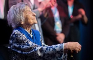 epa05398718 Brunhilde Pomsel, former secretary of Nazi German propaganda minister Goebbels, pose for a picture after the premier of the film 'Eindeutsches Leben' (lit. A German Life) in Munich, Germany, 29 June 2016. Pomsel, who is now 105 years old, talks about her life in the documentary which premiered in Munich. EPA/MATTHIAS BALK