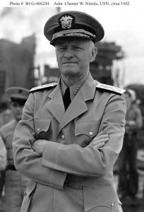 L'ammiraglio Chester W. Nimitz, comandante della Flotta americana del Pacifico