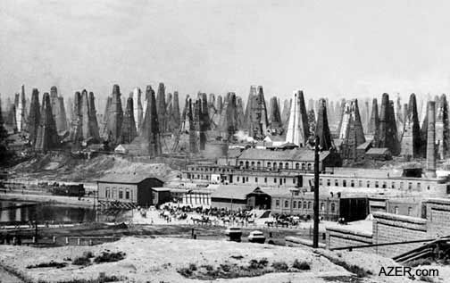 Una veduta dei pozzi di Baku, nel Caucaso, alla fine dell'800 (dal sito Azer.com)
