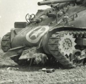 Il muso di uno Sherman equipaggiato con il congegno di Culin