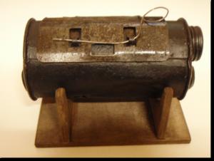 Il petardo Thevenot, di brevetto francese, la bomba a mano impiegata dagli Arditi