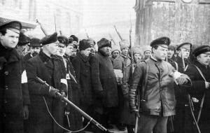 Un'immagine della rivoluzione di Ottobre (da Wikipedia)