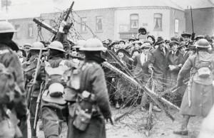 Confronto tra dimostranti irlandesi e truppe britanniche (1920)