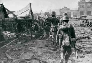 Soldati tedeschi durante l'operazione Barbarossa (Wikimedia)