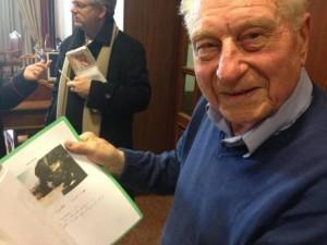 """L'ex autiere della Divisione Acqui, Bruno Bertoldi, oggi 94enne, a margine della sua deposizione a carico di Alfred Stork, 90 anni, accusato dell'uccisione di """"almeno 117 ufficiali italiani"""" sull'isola di Cefalonia, nel settembre '43, 31 gennaio 2013 a Roma. E' la prima testimonianza del processo, che è stato aggiornato al 7 febbraio. ANSA/ VINCENZO SINAPI"""