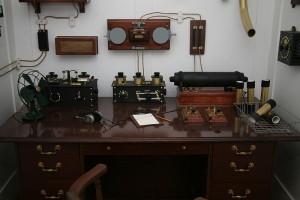 800px-Titanic's_Marconi_appartus