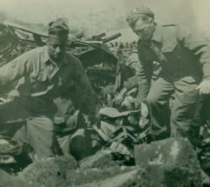 Bari, aprile 1945: i i soccorsi dopo l'esplosione (Wikimedia)