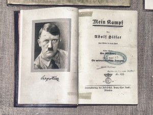 copy-exhibit-Adolf-Hitler-Mein-Kampf-Stutthof
