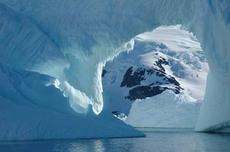 AntartideIcebergL.jpg