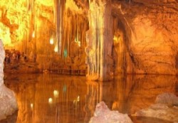 castello-grotte-300x208