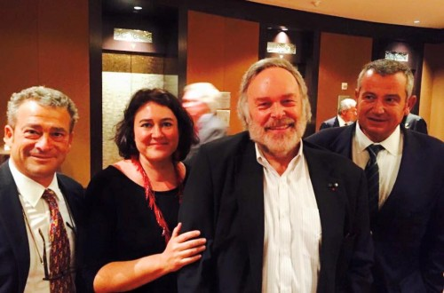 Monica Larner con, da sinistra, con Alessandro Mori (Il Marroneto), Robert Parker e Giacomo Neri (Casanova di Neri)