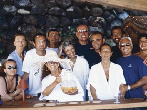 Con amici e collaboratori nella villa di Pantelleria