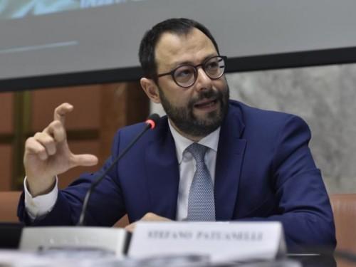 Il ministro Stefano Patuanelli (M5S)