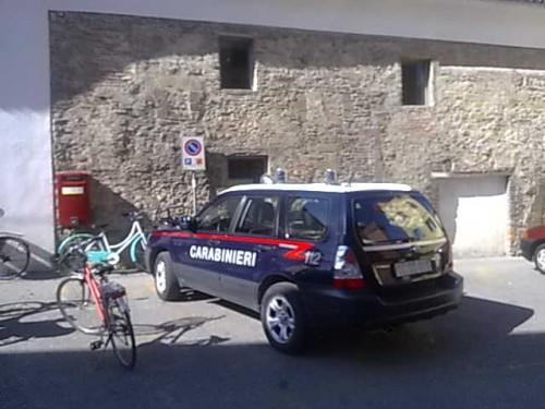 Davanti all'Ufficio postale di Città di Castello