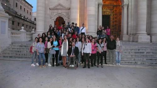 Foto ricordo a fine Sicilia photo tour: in primo piano Bernadette Lo Bianco e Roberto Vitali