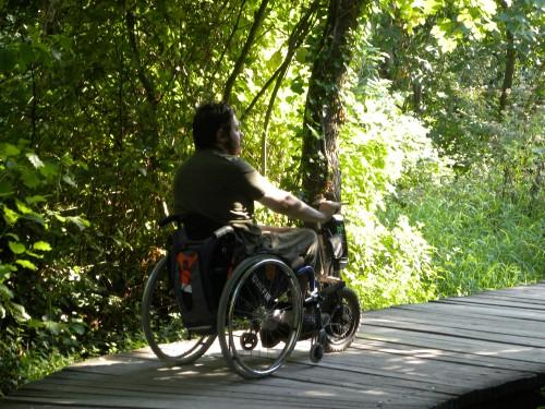 Testando la monoruota con motore elettrico nel Parco naturale di Krka (photo I.Lucania)