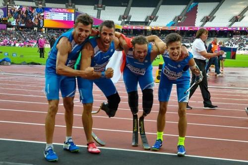 Andrea Lanfri, terzo da sx, con Di Marino-Manigrasso-Bagaini staffetta argento 4x100 Mondiali Londra 2017
