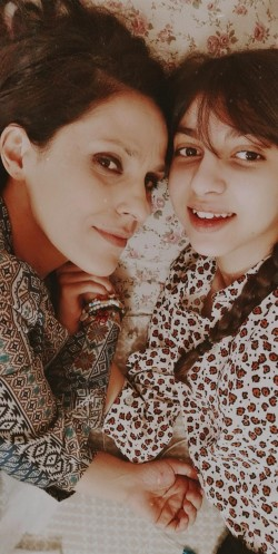 Sara con la mamma Isabella