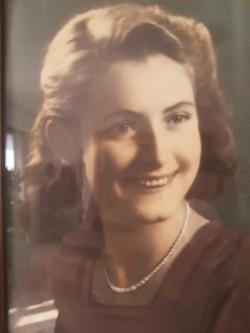 foto nonna miriam giovane