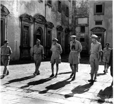 Five_officers_in_courtyard.jpg