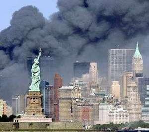 statue-liberty-smoke-911.jpg