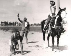 Jesse Owens durante una esibizione in America