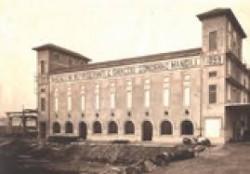 Una storia immagine del Palazzo del ghiaccio e dei frigoriferi milanesi