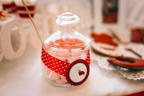 party-delle-coccinelle-caramelle