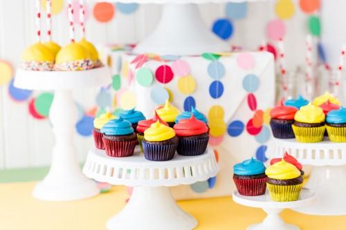 rainbow-party-cupcake