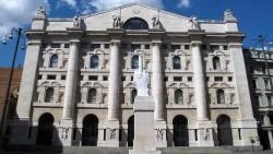 Palazzo della Borsa in Piazza Affari a Milano