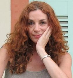 La poetessa israeliana Tal Nitzan