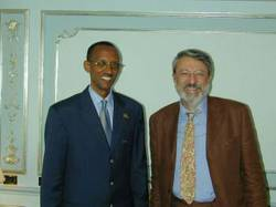 io e Kagame.jpg